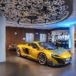 Sensasi Menginap di V8 Hotel Stuttgart, Anda Bisa Test Drive Mercedes-  AMG C 63 S, Tesla Model X dan Porsche 911 Turbo Coupe