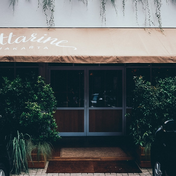 Attarine, Restoran Nyaman Bernuansa Tropis