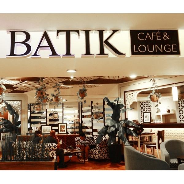 Nuansa Serba Batik di Batik Cafe & Lounge