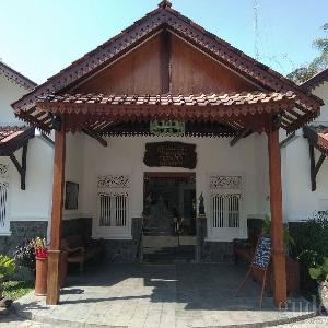 Yogyakarta yang Tak Hanya Malioboro