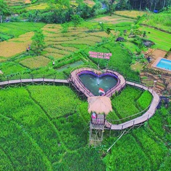 Jembatan Cinta Pring Wulung, Destinasi Apik di Purbalingga