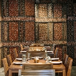 Santap Makanan Khas Indonesia di Restoran Kaum, Bali