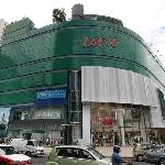 Lot 10, Mall dengan Arsitektur Unik dan Modern Di Kuala Lumpur