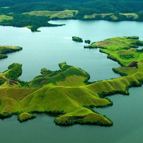 Keindahan 22 Pulau di Danau Sentani