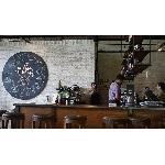 Epic Coffee, Tempat Ngopi di dalam Gudang Furnitur