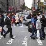 Jalan-jalan ke New York Bakal Kena Denda, Kalau Kirim Pesan Sambil Jalan