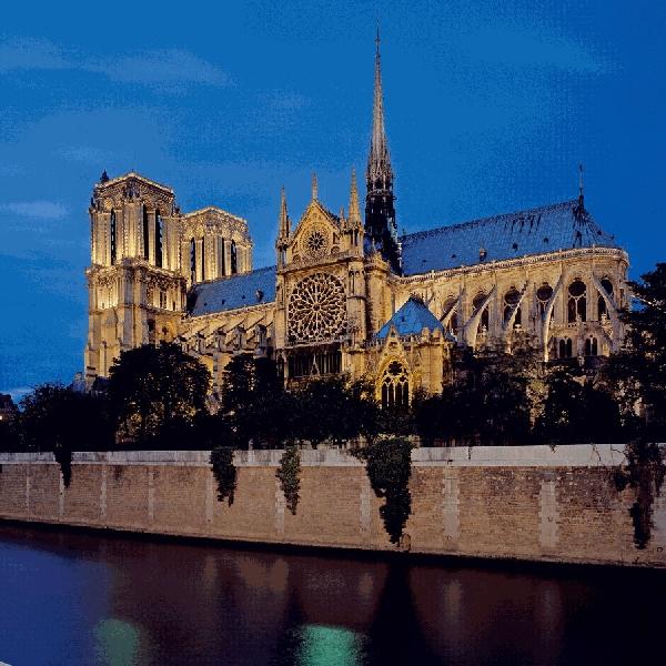 Kenang Kembali Notre Dame, Pusat Ibadah Sekaligus Sejarah Prancis