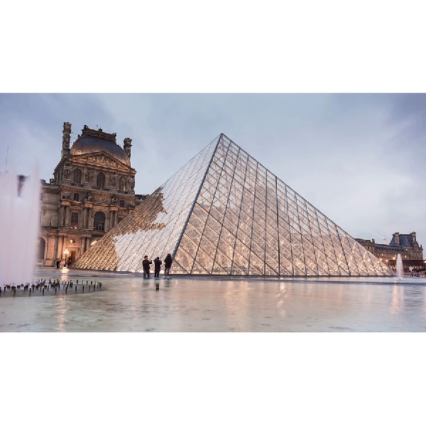 Louvre Dibuka Jadi Hotel, Bisa Tidur Sama Mona Lisa