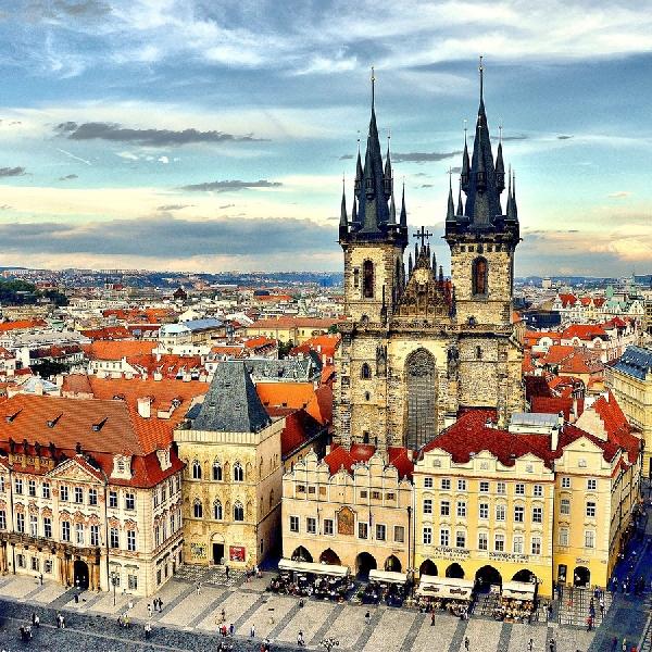 Nyeni Banget! Ini Cara Habiskan Waktu di Kota Eksotis Praha