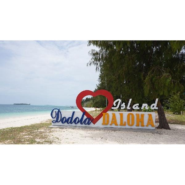 Pulau Dodola yang Mempesona di Ujung Maluku