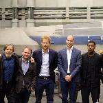 Pangeran William dan Pangeran Harry Kunjungi Lokasi Syuting Star Wars