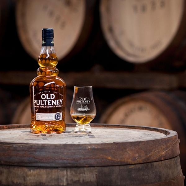 9 Rekomendasi Scotch Sempurna di Musim Panas