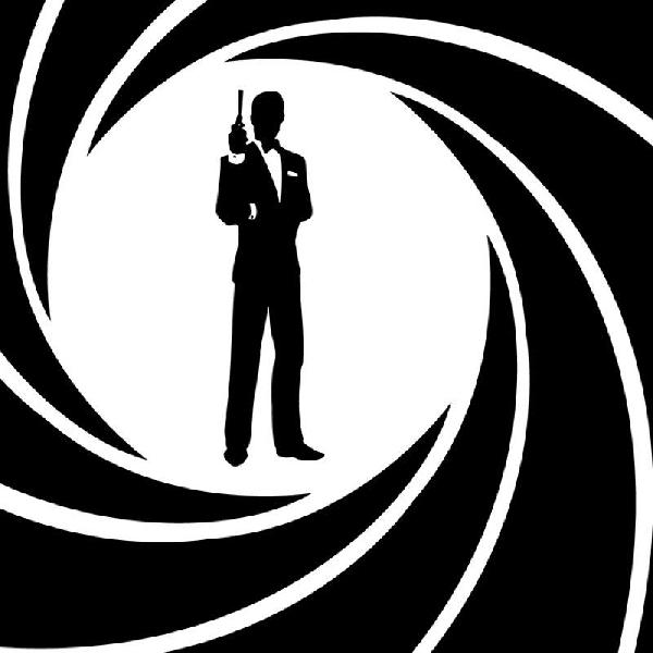 Aidan Turner Siap Gantikan Peran Daniel Craig di Film Seri James Bond Berikutnya?