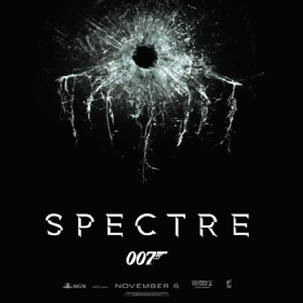 """007 """"Spectre"""" Masih Menduduki Peringkat Satu di Box Office"""