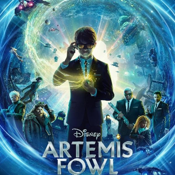 """Filmografi Kenneth Branangh Buat """"Artemis Fowl"""" Layak Disimak"""