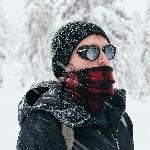 Aktivitas Outdoor Makin Stylish dengan Kacamata Bundar