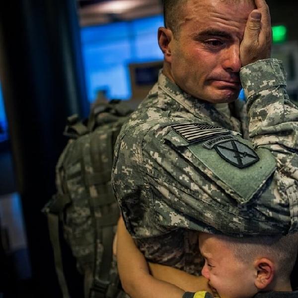 "Film ""Father Soldier Son"": Potret Menyentuh Pengungsian Militer, Tayang di Netflix"