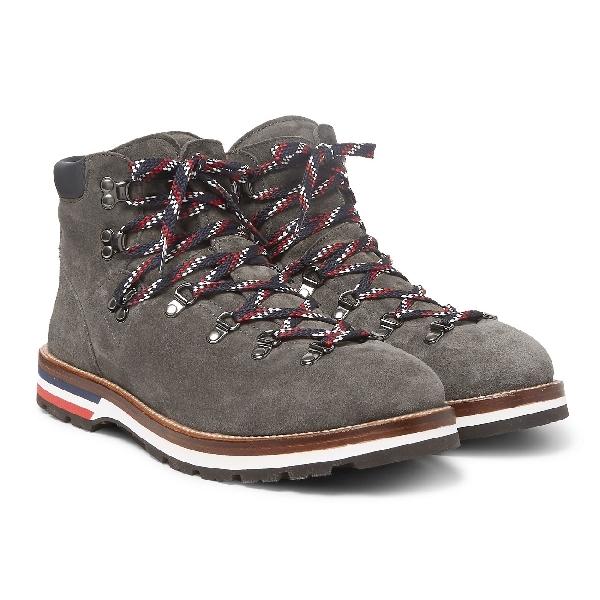 5 Sepatu Hiking yang Stylish