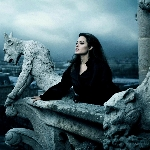 Universal Lirik Jolie Terlibat Proyek Dark Universe