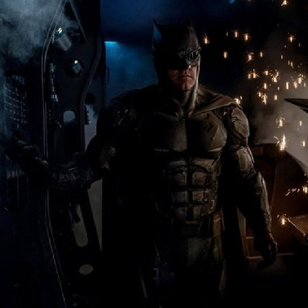 Intip Batman dalam Kostum Baru di Lokasi Syuting 'Justice League'