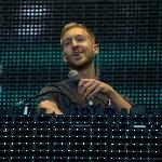 Calvin Harris Siapkan 10 Lagu untuk Tahun 2017