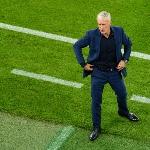 Dari Jas Hingga Trainer, Pakaian Para Pelatih di Euro 2020