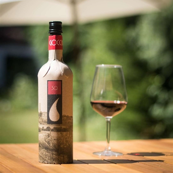 Unik! Botol Anggur Kini Menggunakan Bahan dari Kertas