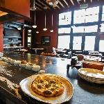 """Kunjungi 16 Restoran dan Cicipi Menu Andalan dalam 24 Jam di """"City of Gold"""" (Bag. II)"""