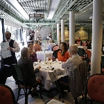 "Restoran-Restoran Ini Hidangkan Makanan ""Classic American"""