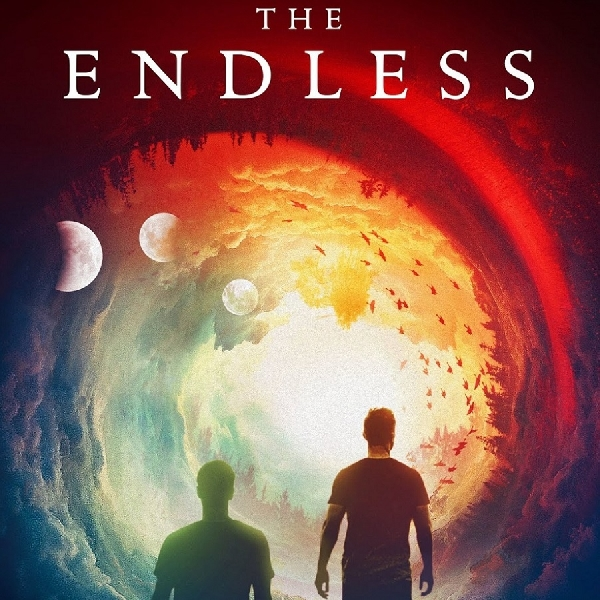 The Endless: Ketika Duo Sutradara Jadi Pemeran Utama Film Horor Misteri