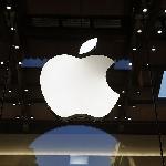 Apple Melakukan Recall Steker Adaptor