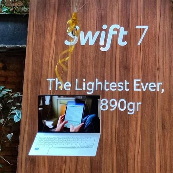 Acer Swift 7 Diresmikan, Laptop Teringan Tak Sampai Satu Kilogram