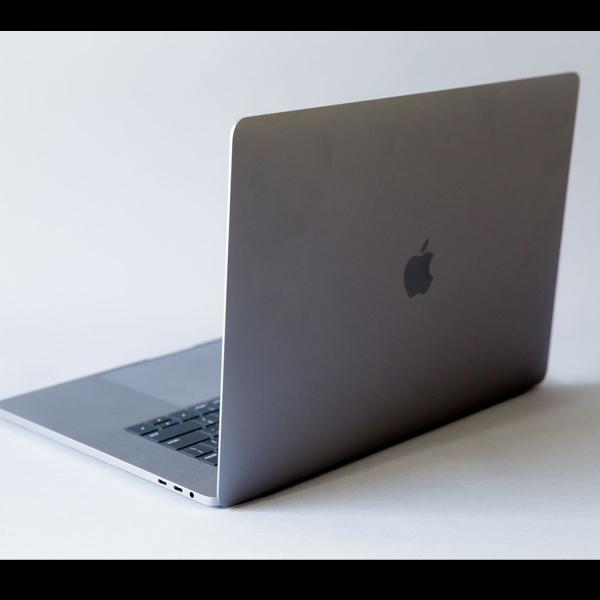 Wah, MacBook Pro Meledak Saat Digunakan!