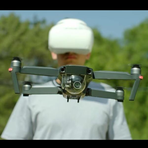 Kendalikan Gerak Drone Menggunakan Goggles, Headset Drone dari DJI