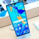 Menjajal Langsung Produk Terbaru di Huawei High-End Experience Store