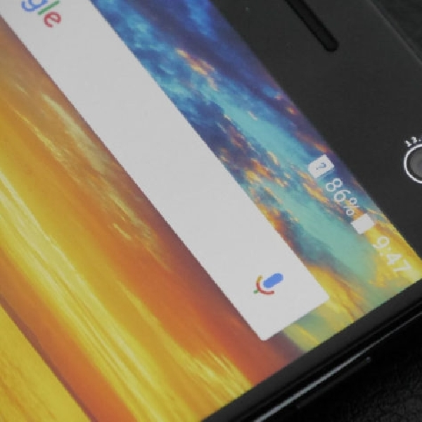 Tantang Huawei Honor 8, ZTE Turunkan Blade V8