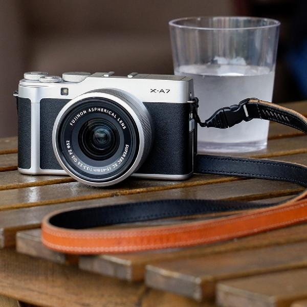 Fujifilm Perkenalkan Kamera X-A7 Baru yang Stylish