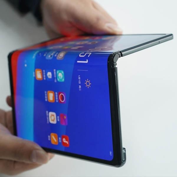 Huawei Mate X Menerima Sertifikat 5G CE Pertama di Dunia