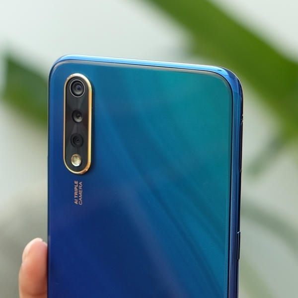 Vivo S1,  S-Series Perdana vivo di Indonesia