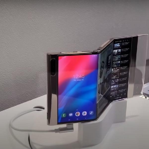 Samsung Pamer Smartphone Multi-Lipat Terbaru, Flex In & Out