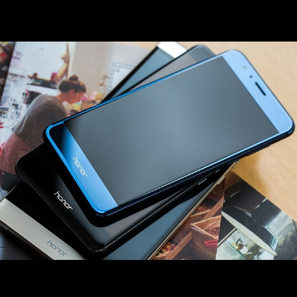 Phablet Flagship Huawei Bawa Kamera Ganda Dan Kirin 960