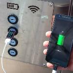 Charge Gadget Tempat Umum, Jangan Gunakan Slot USB