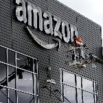 Demi Saingi AirPods Apple, Amazon Bakal Hadirkan Earbuds Alexa