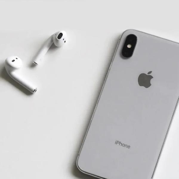 iPhone Case Ini Mampu Menampung dan Mengisi Daya AirPods
