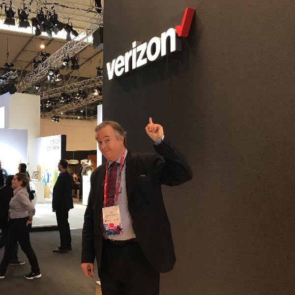 Motorola Kenalkan Moto Z3 Eksklusif di Verizon