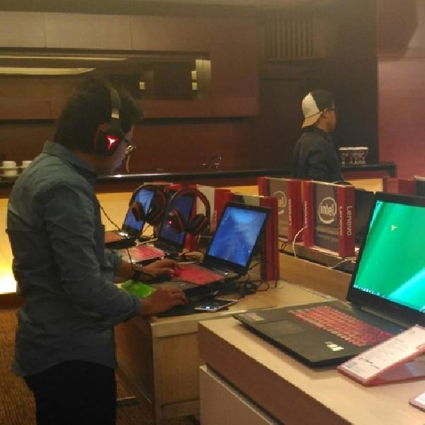 Gelar Workshop, Lenovo Pamerkan Jajaran Komputer Gaming
