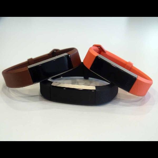 Activity Tracker Fitbit Ini Punya Fitur Baru Dan Tahan Lebih Lama