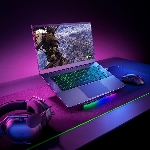 Razer Rilis Laptop Gaming Entry-Level Blade 15 Baru