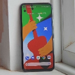 Review Google Pixel 4a, Si Budget Flagship