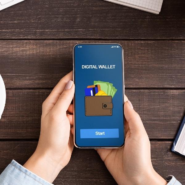 Simak Perbandingan Dompet Digital Berikut Ini